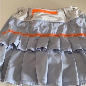 Size 6 lululemon skirt
